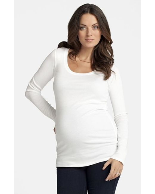 Ingrid & Isabel | White Ingrid & Isabel Scoop Neck Maternity Tee | Lyst