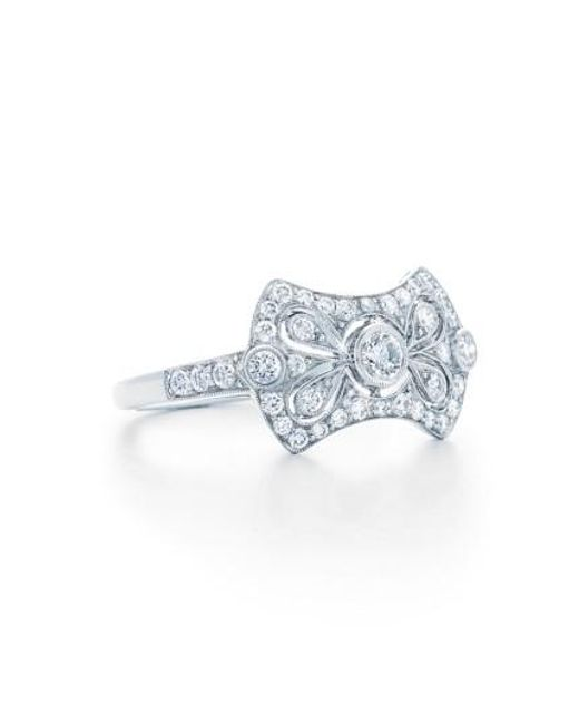 style oval diamond ring solitaire set rings jewelry plat engagement in platinum band with kwiat pave