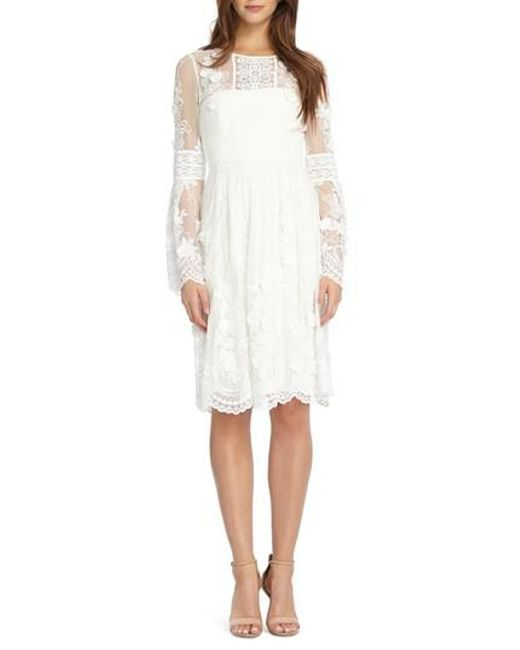 ML Monique Lhuillier - White Bell Sleeve Mixed Lace Dress - Lyst