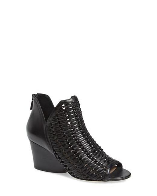 Donald J Pliner Woven Pointed-Toe Booties sale footlocker finishline outlet order online discount codes really cheap ReBVYgcHV