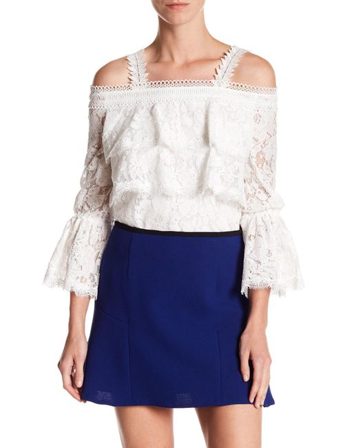 Gracia | White Cold Shoulder Tiered Scalloped Hem Blouse | Lyst