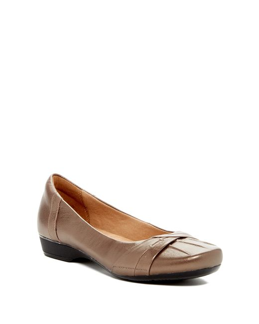 Clarks | Brown Blanche Fria Flat - Wide Width Available | Lyst