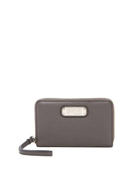 Marc By Marc Jacobs | Gray New Q Wingman Small Leather Wristlet | Lyst