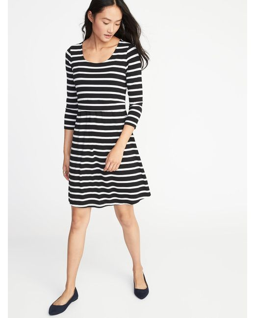 Lyst - Old Navy Maternity Double-layer Nursing Dress in Black 3395a6976