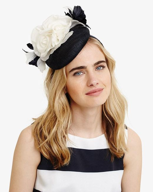 Phase Eight - Natural Chelsey Flower Pillbox Fascinator - Lyst
