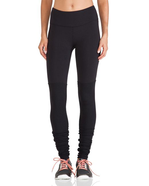 Alo Yoga | Black Goddess Ribbed Legging | Lyst