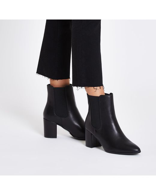 51387ffd153 ... River Island - Black Pointed Block Heel Boots - Lyst