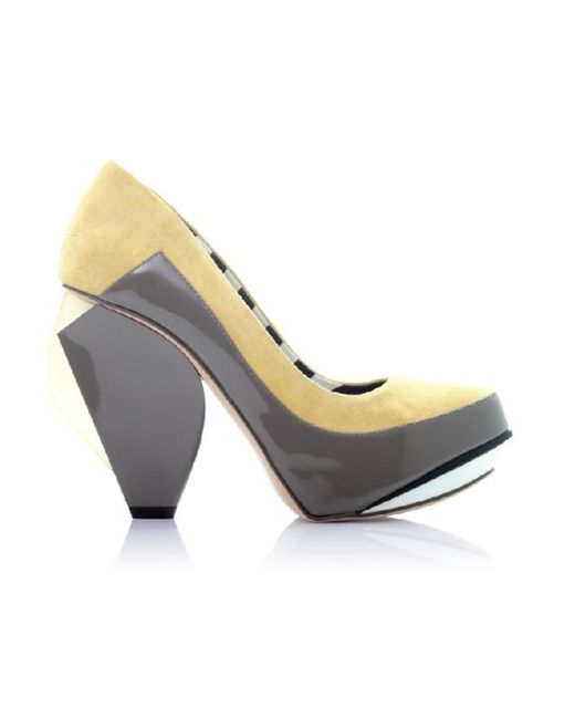 Abcense - Yellow Quaver Rd Banana Color Block Leather Pumps - Lyst