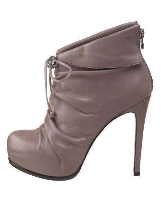 Pour La Victoire - Gray Grey Leather 'asas' Ankle Boots - Lyst