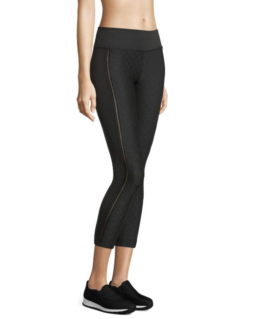 Beyond Yoga Never Quilted Leggings In Black