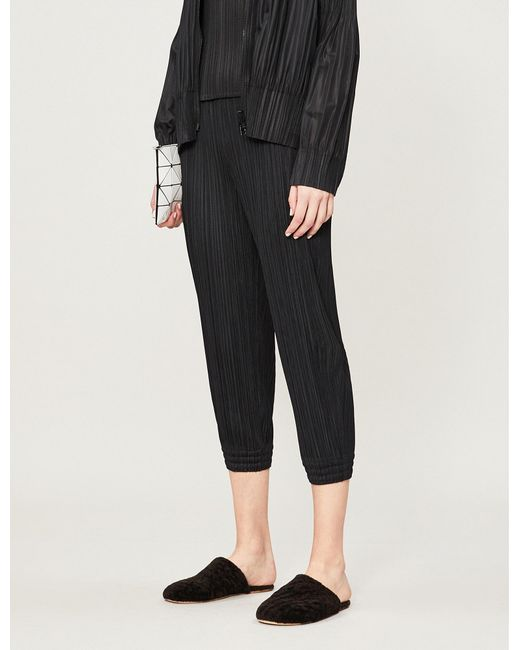 Pleats Please Issey Miyake - Black Cropped High-rise Skinny Pleated Trousers - Lyst