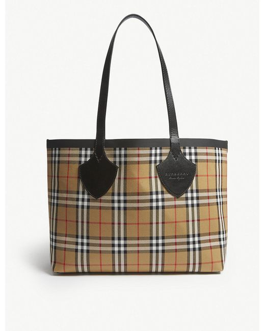 ac754673ecb9 Burberry Brown Vintage Check Small Reversible Shopper in Brown - Lyst
