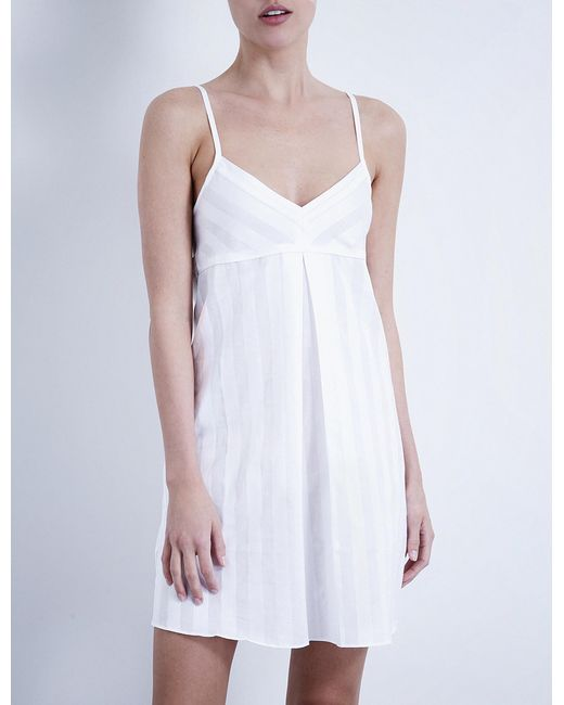 Bodas - White Shadow Stripe Cotton Nightdress - Lyst