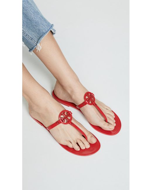 0af60a954fd3 ... Tory Burch - Red Mini Miller Flat Thongs - Lyst ...