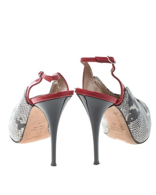 8e57bc8103eab ... Giuseppe Zanotti - Gray Monochrome/red Snakeskin Embossed And Patent  Leather Slingback Platform Pumps Size ...