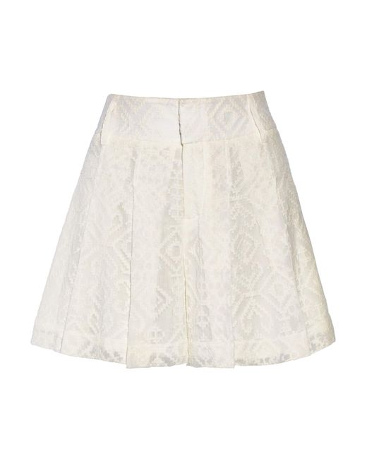 Alice + Olivia | White Embroidered Crinkled-gauze Shorts | Lyst