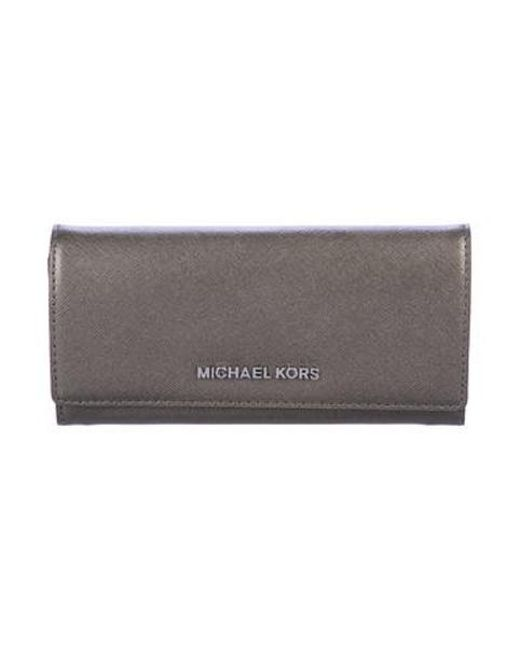 10902d078b846 MICHAEL Michael Kors - Metallic Michael Kors Saffiano Jet Set Travel Wallet  W  Tags ...