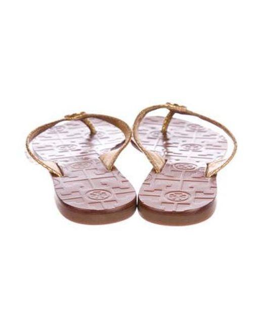 8c2fd61eaa19 ... Tory Burch - Metallic Thora Thong Sandals - Lyst