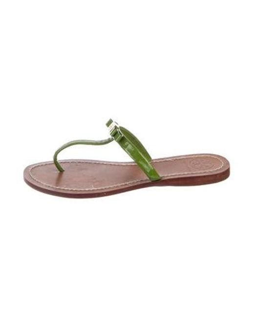 4e70e74b7976ac Tory Burch - Green Patent Leather Thong Slide Sandals - Lyst ...