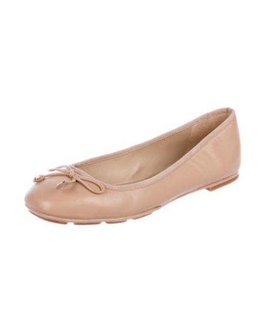 29c0b1f13e79 ... Tory Burch - Natural Leather Round-toe Flats Tan - Lyst ...