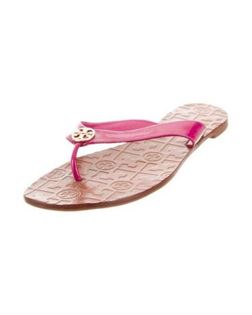 999967caf5724 ... Tory Burch - Metallic Leather Thong Sandals Gold - Lyst ...