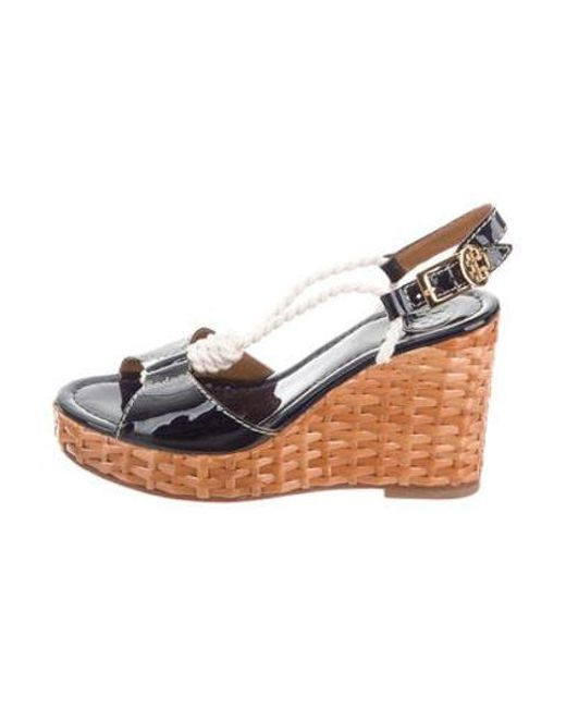 eb176842ada Tory Burch - Metallic Patent Leather Wedge Sandals Navy - Lyst ...