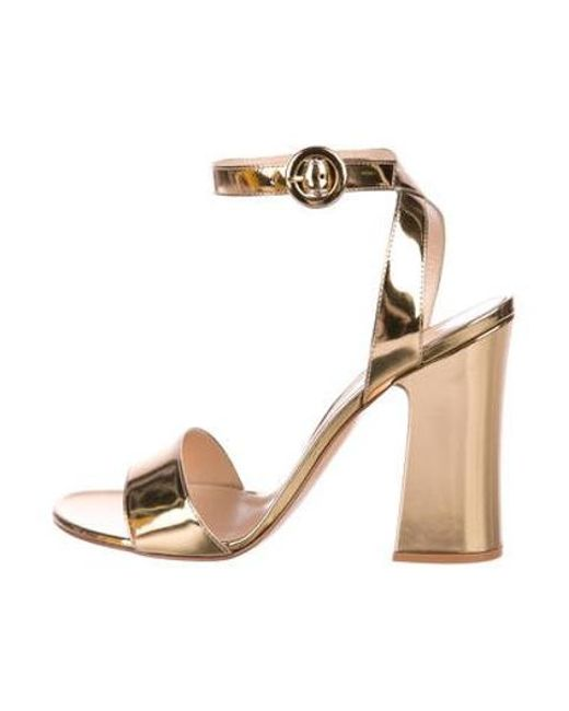 06d599b0711 Gianvito Rossi - Metallic Leather Ankle-strap Sandals Gold - Lyst ...