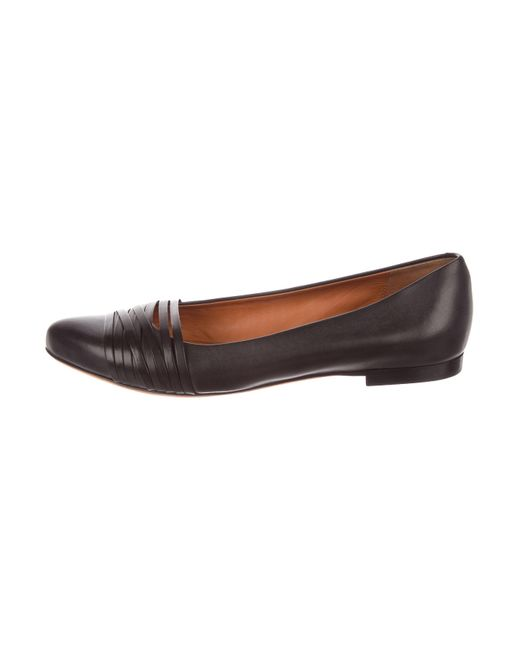 Givenchy - Black Leather Pointed-toe Flats - Lyst