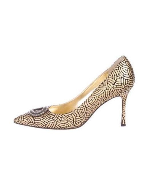 fc9334354b3 Manolo Blahnik - Metallic Embellished Pumps Gold - Lyst ...