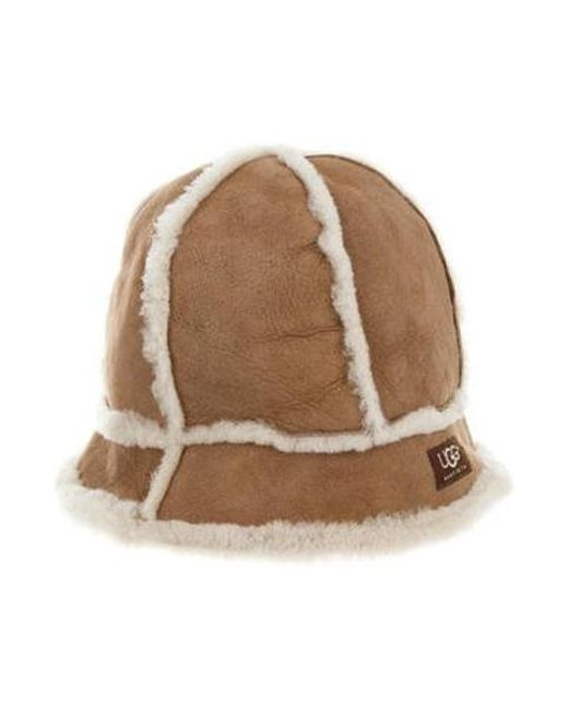Ugg - Natural Suede Shearling-trimmed Beanie Beige - Lyst