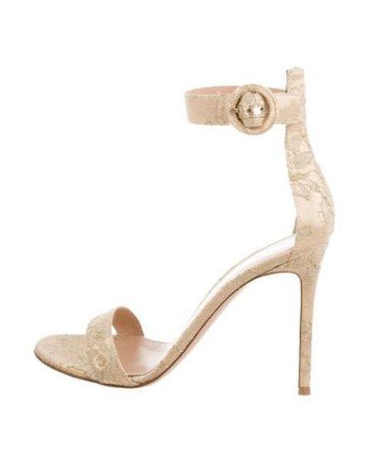 82bfd1e07a38b5 Gianvito Rossi - Metallic Portofino 105 Lace Sandals Gold - Lyst ...