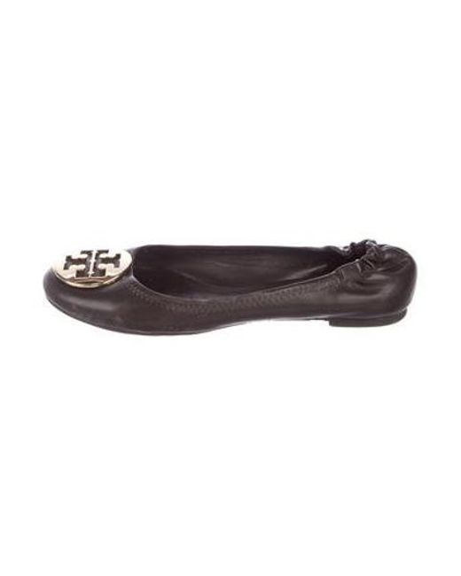825d012f0523 Tory Burch - Brown Leather Reva Flats - Lyst ...