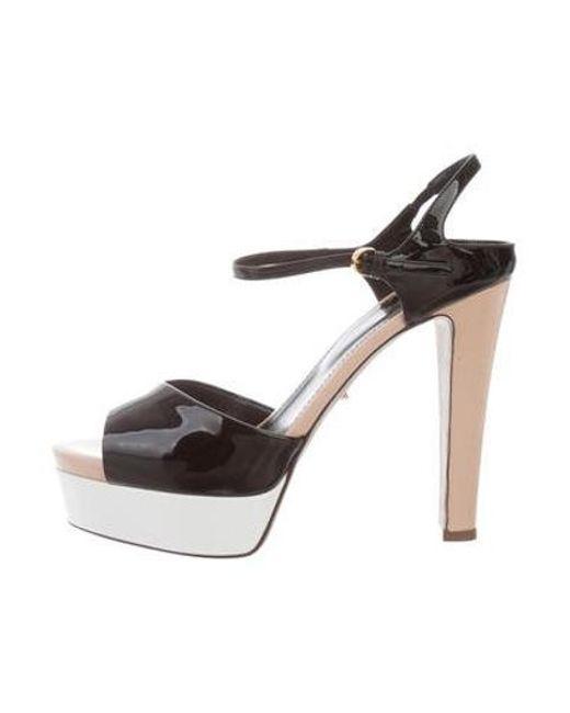 99ad20ff74a Sergio Rossi - Metallic Patent Leather Platforms Sandals Black - Lyst ...