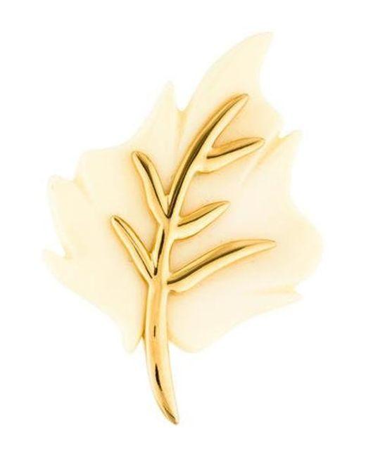 Kenneth Jay Lane - Metallic Resin Leaf Brooch Gold - Lyst