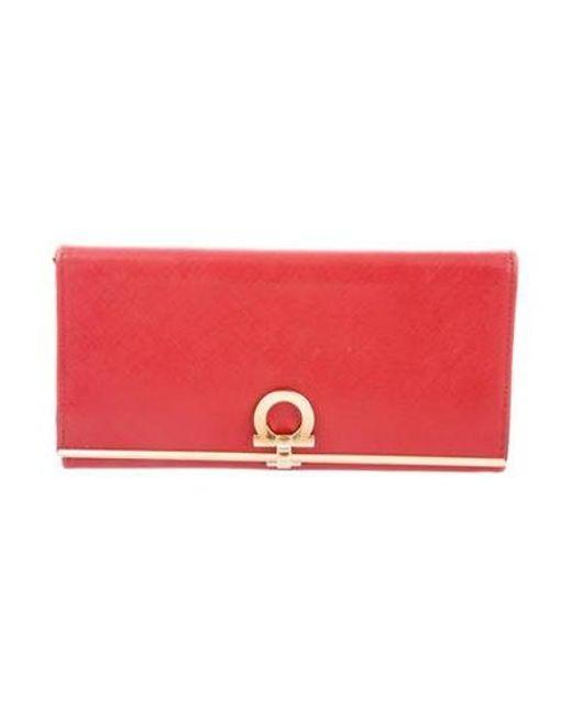 Ferragamo - Metallic Leather Gancio Wallet Red - Lyst