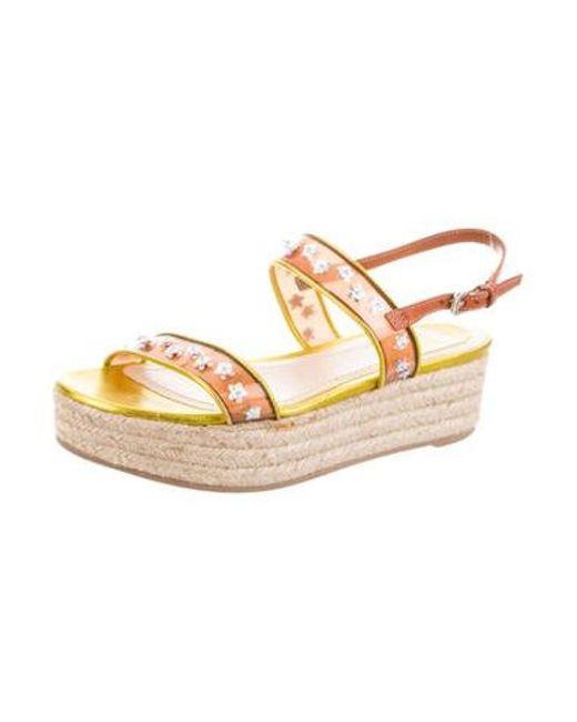 4556970e580 ... Dior - Metallic Embellished Flatform Sandals - Lyst ...