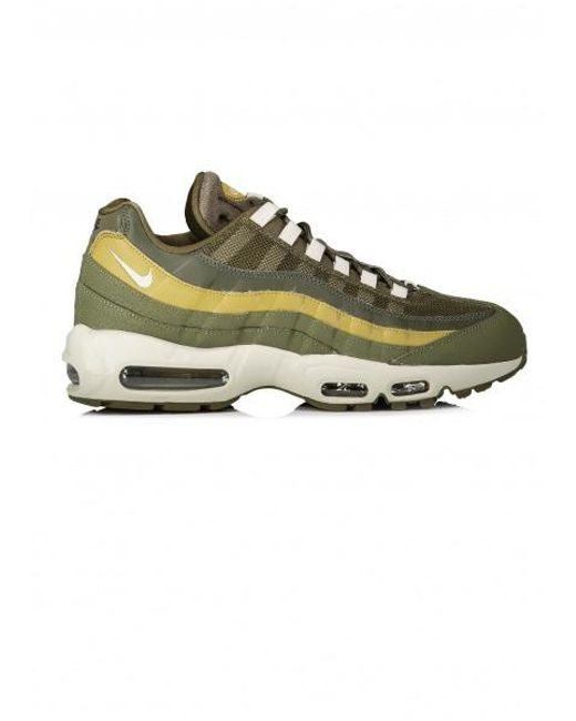 Nike Air Max 95 Essential in Green for Men - Save 51% - Lyst fe4c4c980