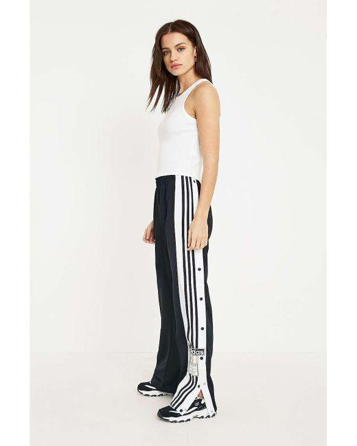 trouver des femmes cour / hommes adidas originaux cour femmes vantage tennis blancs 9b1fbc