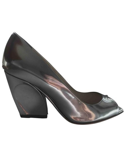 Dior - Metallic Pre-owned Silver Patent Leather Heels - Lyst
