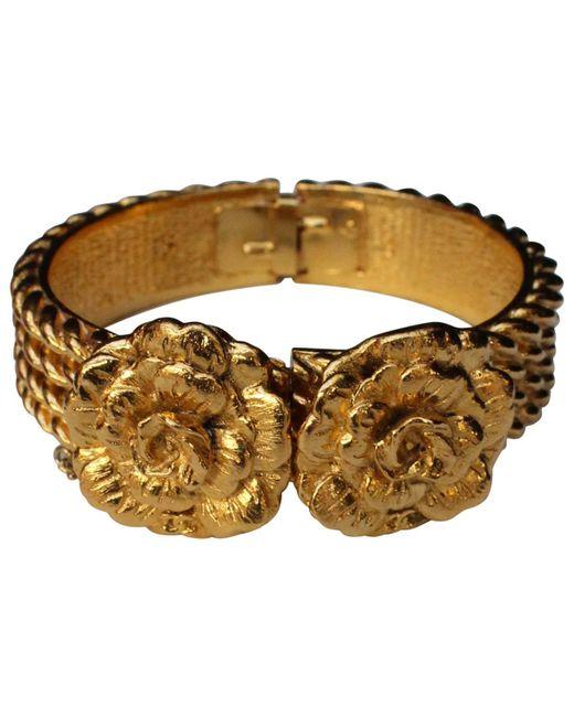 Chanel - Metallic Gold Metal Bracelet - Lyst