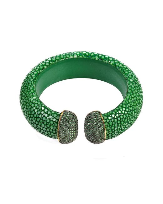 Latelita London - Stingray Cuff Gold Emerald Green - Lyst