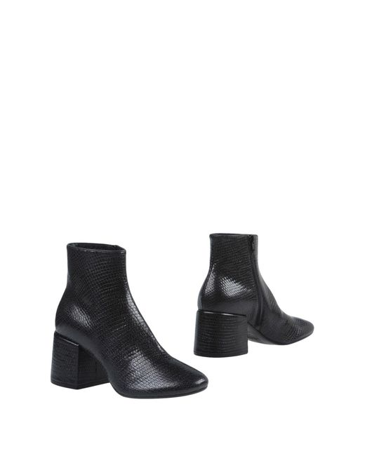 MM6 by Maison Martin Margiela - Black Ankle Boots - Lyst