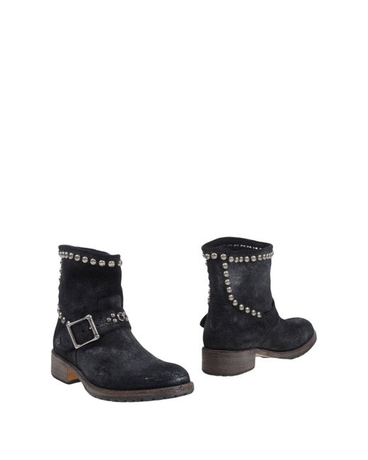 HTC - Gray Ankle Boots - Lyst