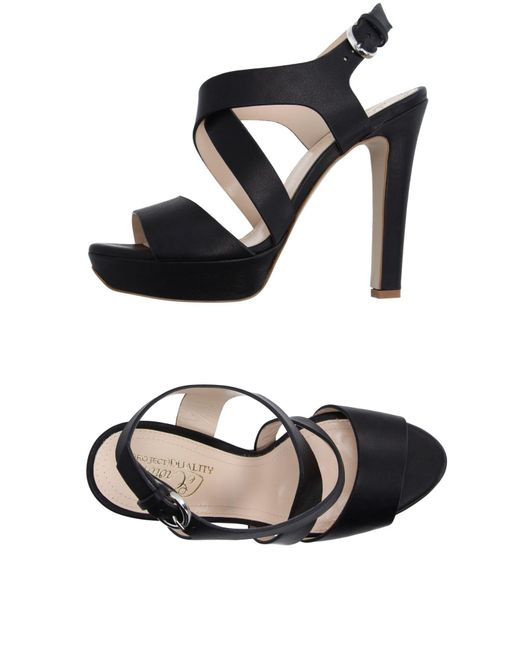 Lecrown - Black Sandals - Lyst