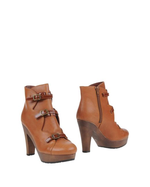 See By Chloé - Brown Leather and Wooden Ankle Boots - Lyst