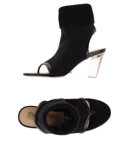 Viktor & Rolf - Black Toe Strap Sandal - Lyst