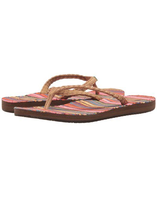 Sanuk - Multicolor Yoga Poncho Viva (cabaret Kauai Blanket) Women's Sandals - Lyst