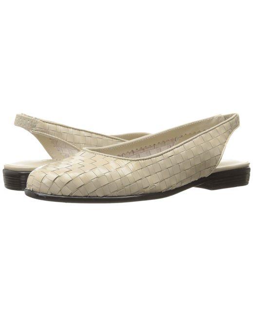 Trotters - Multicolor Lucy (black Suede/patent) Women's Shoes - Lyst