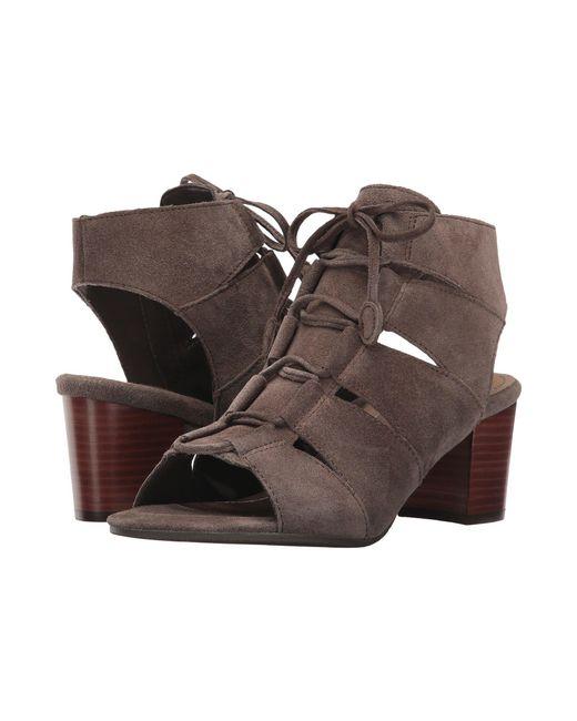 Vionic - Brown Bristol (dark Taupe) Women's Flat Shoes - Lyst