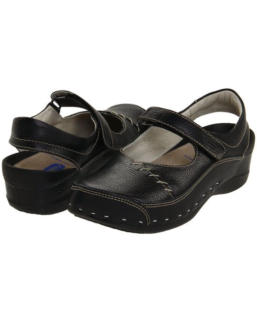 Wolky - Black Strap Cloggy (curry Vegi Leather) Women's Clog Shoes - Lyst
